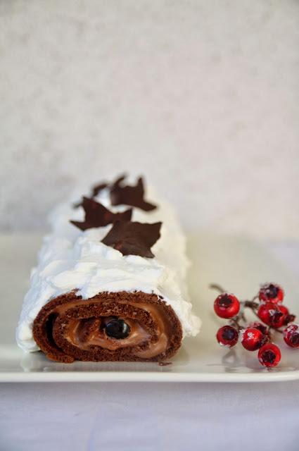 Tronchetto Di Natale Leggero.Tronchetto Di Natale Con Mousse Al Cioccolato E Amarene