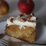 Torta di mele speziata con crema al mascarpone