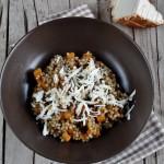 Grano saraceno risottato con speck di Sauris e ricotta affumicata