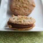 Yo yo alle arachidi con mousseline al cioccolato di Luca Montersino