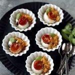 Crema di ricotta, crumble di farina di mais e pomodorini confit