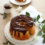 Chiffon cake alla zucca con glassa al cioccolato
