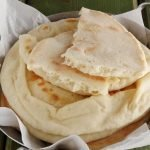 Cheese naan: pane indiano al formaggio